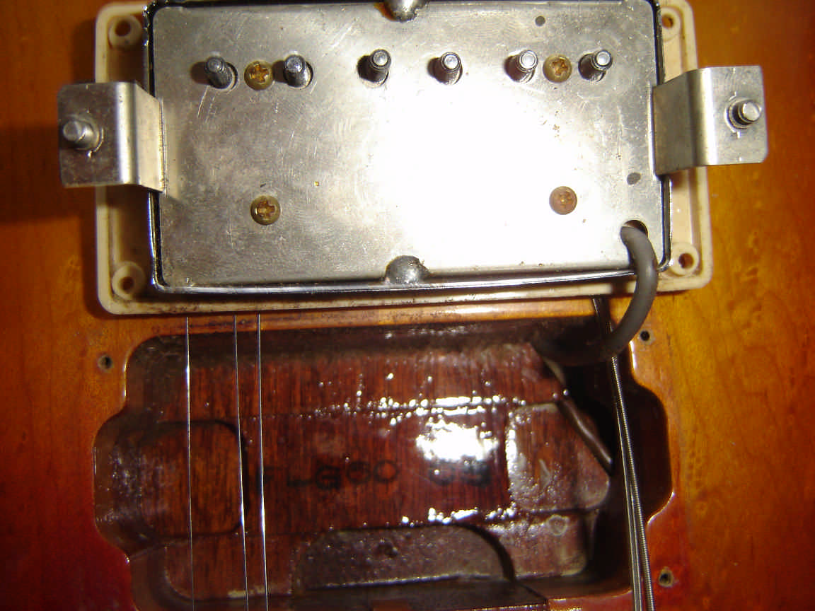 Burny info the 1979 tokaiburny pickup gotoh paf all white bobbins and a chrome cover metal coloured base plate and grey wire note the tokai neck joint and the asfbconference2016 Gallery